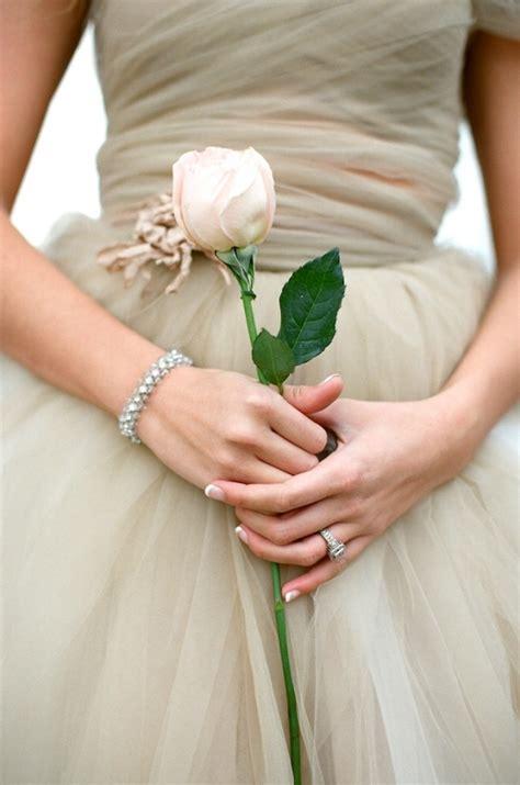Unique Single Stem Flowers Wedding 20 Stunning And Budget Friendly Single Stem Bouquets