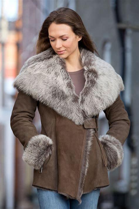Glow In The Fur Coats Help You Find Your Way In Da Club by Best 25 Sheepskin Coat Ideas On Sheepskin