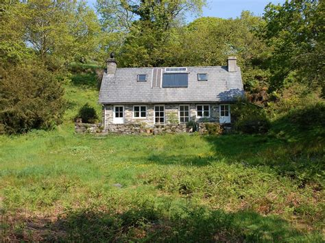 secluded cottages uk w289 secluded cottage in of the snowdonia national