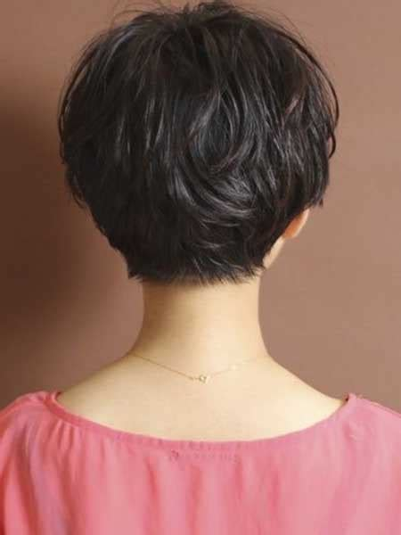 the backs of womens short haircuts back view pictures of neckline haircuts for women