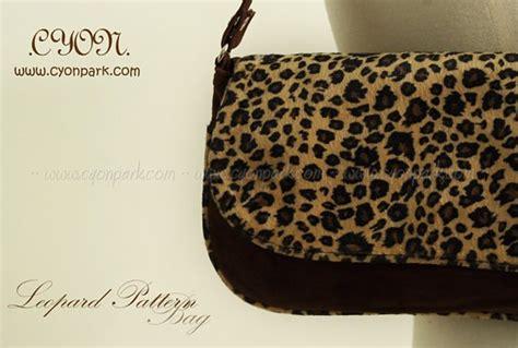 Tas Selempang Wanita Pattern Omfb2sbk bag collections launched butik shop tas