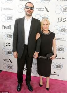 who is paricia arquettes new boyfriend patricia arquette and boyfriend eric white arrive at