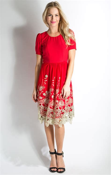 golden prospect modest dress in with lace like embroidery