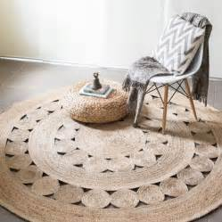 White Faux Fur Area Rug 25 Best Ideas About Round Rugs On Pinterest Round Round Entry Rug And Round Braided Rugs