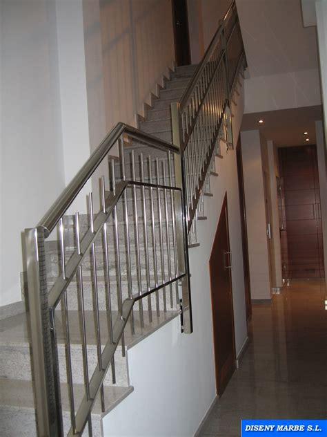 barandilla escalera de acero inoxidable diseno barrotes en vertical barandillas acero