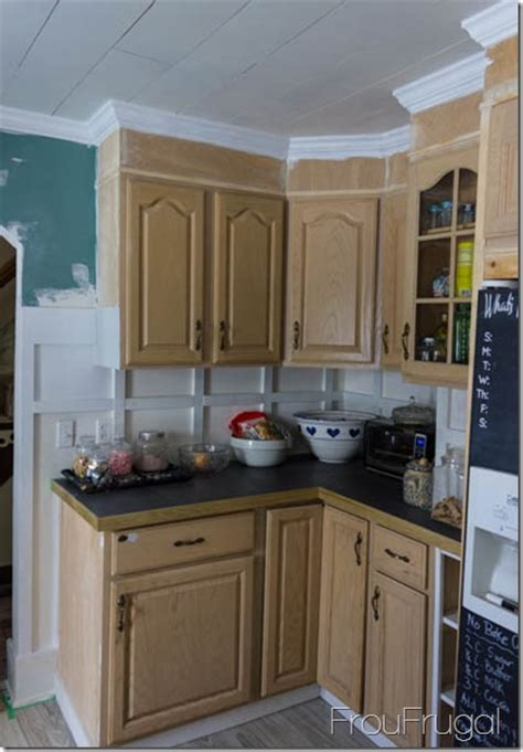 Kitchen Cabinets In My Area Painting A Kitchen Cabinets
