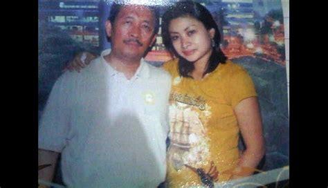 detiknews com suami holly angela auditor utama bpk metro tempo co