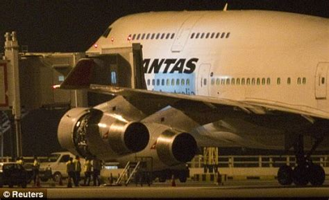 Travolta Makes Emergency Landing by Passengers Scream As Second Qantas Jet Has Engine Trouble