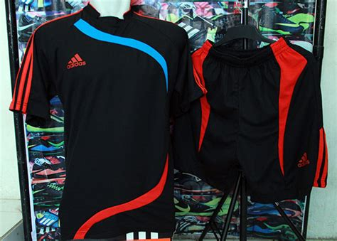 Murah Setelan Baju Futsal Bola Adidas Prime Hitam Merah jual setelan baju kaos futsal bola adidas hitam x merah