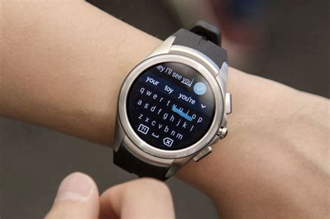 android wear features android wear 2 0 20 minutes with s upcoming smartwatch features greenbot