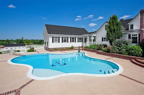 big houses with pools awesome big house pool backyard drєαm hσuѕєѕ pinterest shape pools