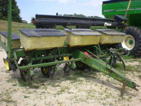 Planter Parts Deere by Deere 7000 Planting Seeding Planters Deere