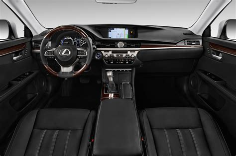 lexus hybrid 2017 lexus es350 reviews research new used models motor trend