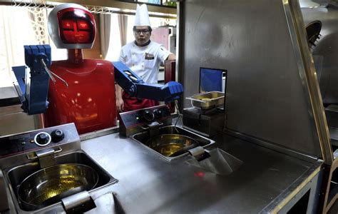 robo de cuisine les robots cartonnent dans les restaurants chinois