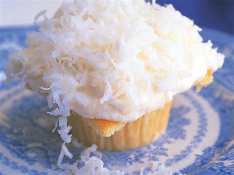 ina garten cupcakes recipe ina garten s coconut cupcakes cbs news