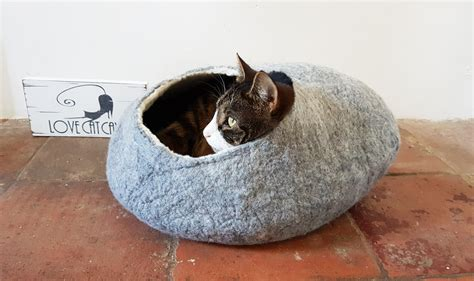 luxury cat beds larger sizes luxury cat bed cat cave cat house natural grey felted with free ball
