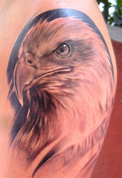 tattoo eagle pinterest 10 best eagle tattoo images on pinterest eagle tattoos