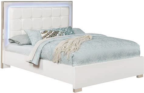 White King Platform Bed Traynor White King Upholstered Platform Bed 205201ke Coaster Furniture