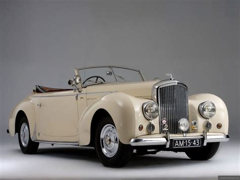 vintage bentley coupe 2562 best ancient cars 1900 1949 images on pinterest