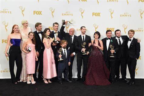 La Moda Y El En La Alfombra Roja De Los Premios Billboard Lo Mejor Y Lo Peor De La Alfombra Roja De Los Emmy