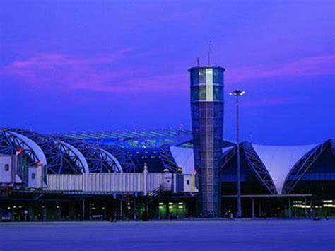 film blue bangkok haunted suvarnabhumi airport and sightings of ghost in