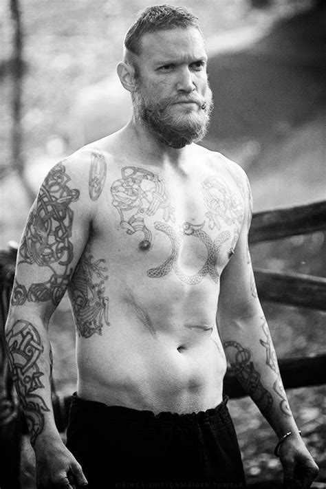 tattoo show on history channel diarmaid murtagh as leif trygvasson in vikings vikings