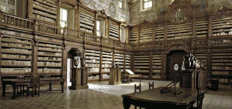 libreria ambrosiana 225 rult a n 225 polyi k 246 nyvmaffia n 233 metorsz 225 gi 252 gye