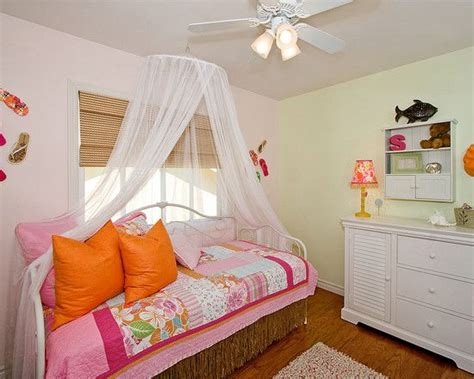 girls canopy bed teen staging my room pinterest the canopy over the day bed bed net for teen girl room