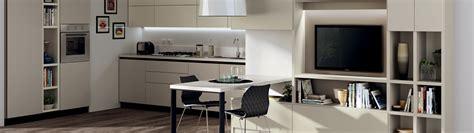 arredo soggiorno mobili tra cucina e soggiorno