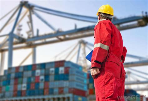 how do i become an air freight forwarder with pictures