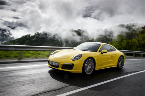 Wallpaper Porsche 911 by Porsche 911 Wallpapers Pictures Images