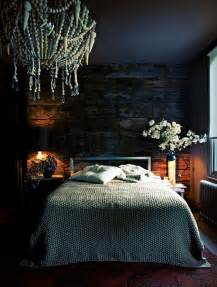 13 Dark Bedrooms With A Subtle Halloween Vibe White Wall Bedroom Pinterest