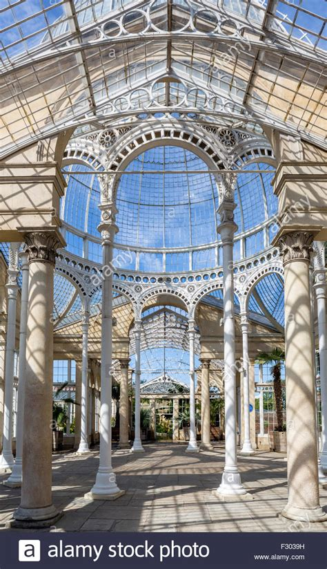 syon house interieur interior of the great conservatory in the gardens of syon
