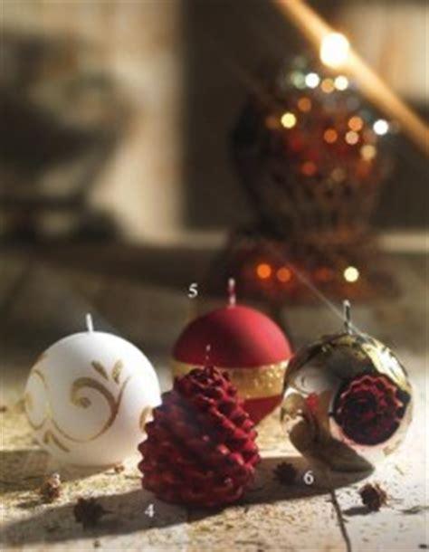 decorare le candele per natale candele di natale decorare casa con candele di natale