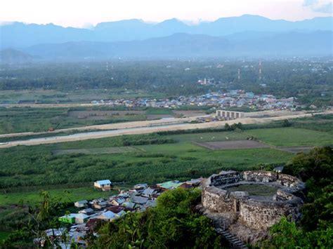 Benteng Otanaha benteng otanaha mongabay co id