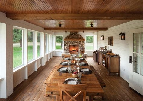 Farmhouse Interior Design 25 Best Ideas About Enclosed Patio On Pinterest Screened Patio Screened In Patio And