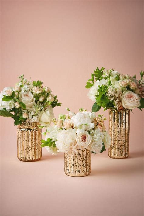 Flowers In Vases For Centerpieces by 1000 Images About Centerpieces And Table Decor On