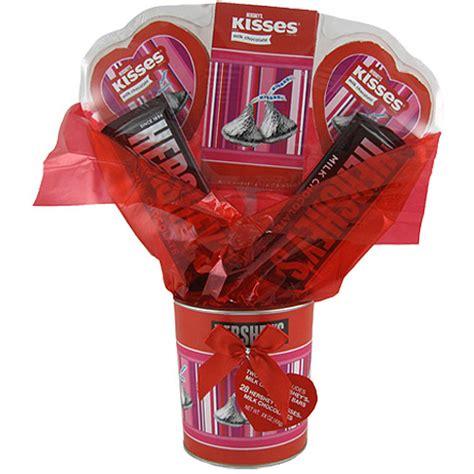 walmart valentines gifts hershey s chocolate bouquet gift set walmart