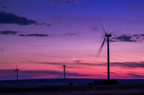 Renewable Energy Boom For Uk Farmers by Renewable Energy Breaking Records In 2017 Nabuh Energy