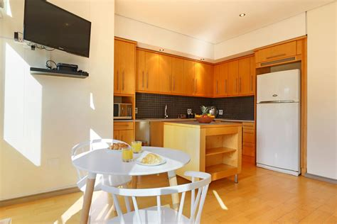 self catering appartments one bedroom self catering studio apartment in cape town