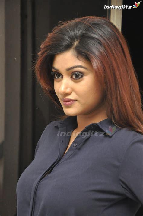 actor oviya news oviya gallery malayalam actress gallery stills images
