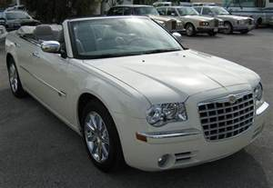 White Chrysler File 2008 Chrysler 300 White Convertible In Florida Front Jpg