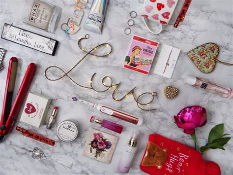 valentines day gifts 2017 valentine s day gift guide 2017 for her the upcoming