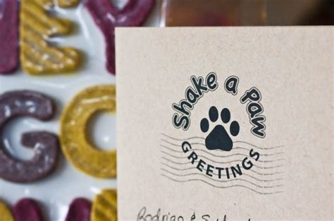 how to your to shake a paw shake a paw greetings review a great gift for dogs keep the wagging
