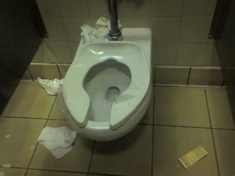 dirty bathroom pics public restrooms daring 2 make a difference