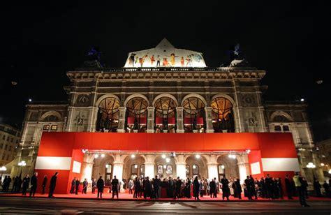 Mit Evening Mba by Wiener Opernball Walzer Pannen Prinzessinnen Und Eine