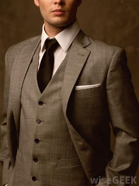 cruise formal wear for men what are the best tips for choosing cruise clothing