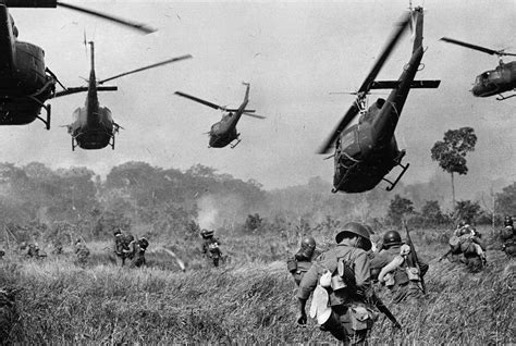 luxury4men vietnam the real war a photo history by ap