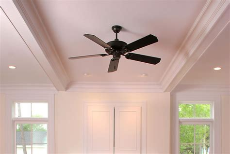 how to select a ceiling fan how to select a ceiling fan with light and remote