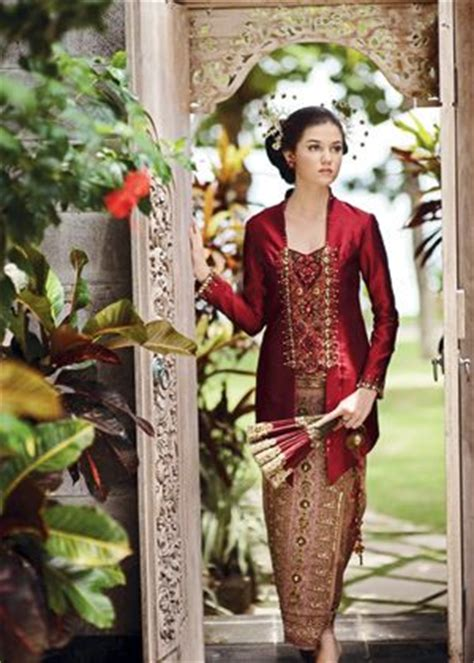 Kebaya Bali Modern Modifikasi Wisuda Wedding 10 31 best images about traditional indonesia on kebaya bali classic and on being